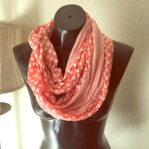 Salmon and White reversible scarf